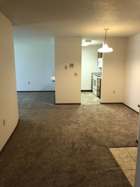 Fargo, North Dakota, 2 Bedrooms Bedrooms, ,1 BathroomBathrooms,Trollwood Village,For Rent,1021